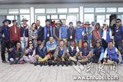武汉21岁大学生承包茶卡盐湖景区月入20万